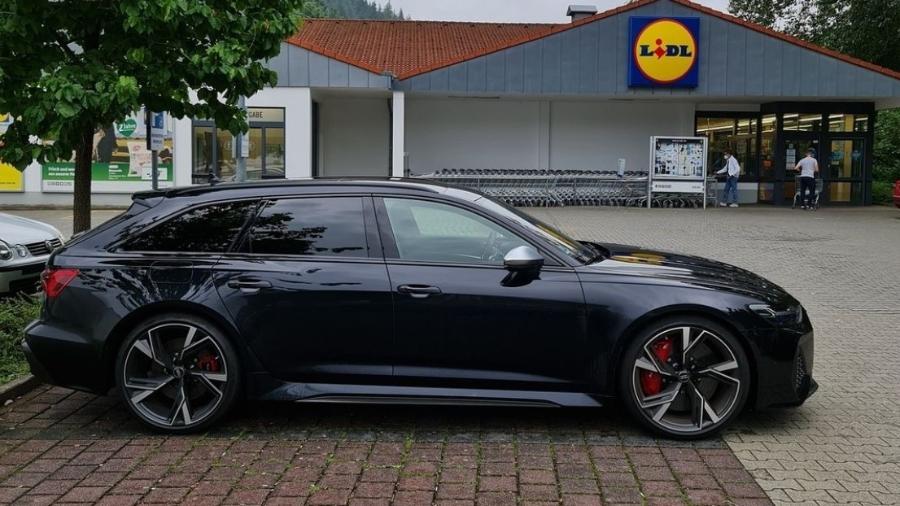 Audi RS6 Avant - Reprodução