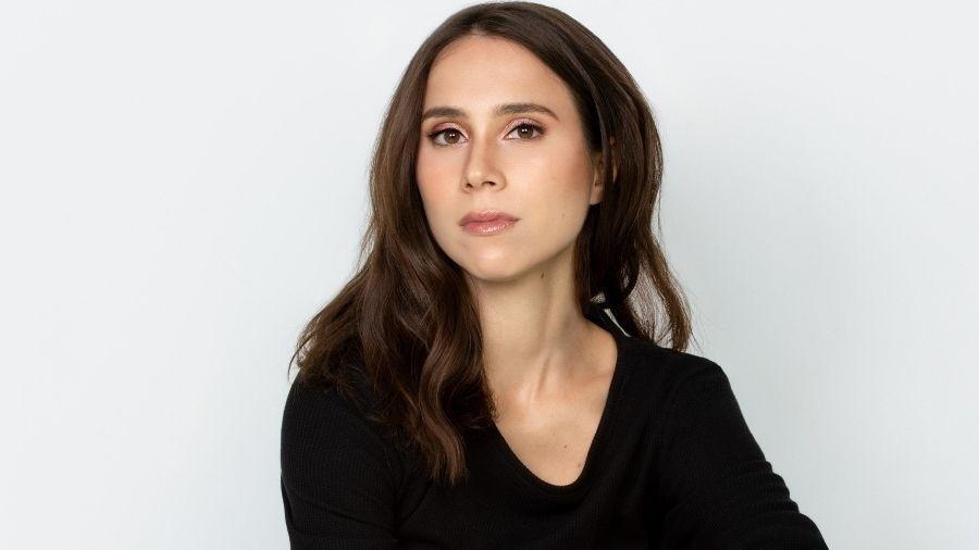 """Daphne Bozaski fala sobre sua personagem em """"Nos Tempos do Imperador""""  - Giselle Dias"""