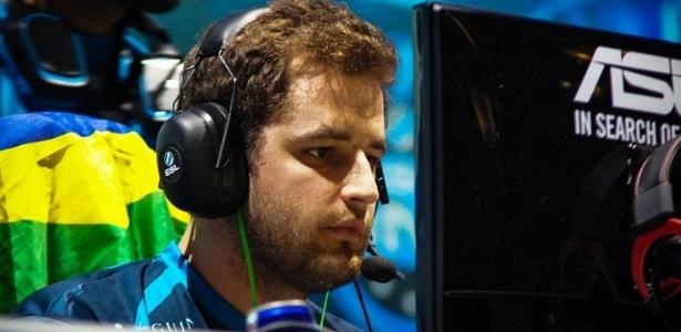 Fallen é o fundador da Games Academy, escola de jogos brasileira