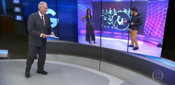 """Willliam Waack revê no """"Jornal da Globo"""" foto da seleção brasileira de handebol em 1973 - Reprodução/TV Globo"""