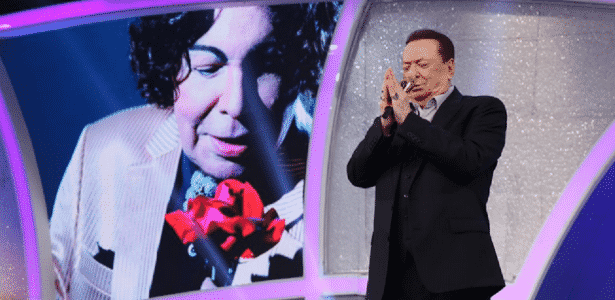 Raul Gil presta homenagem ao cantor Cauby Peixoto - Reprodução/SBT