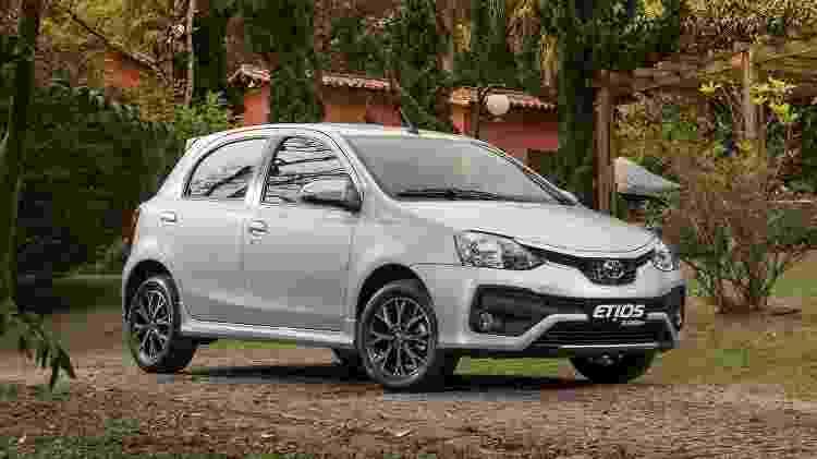 Toyota Etios Platinum 2017 - Divulgação - Divulgação