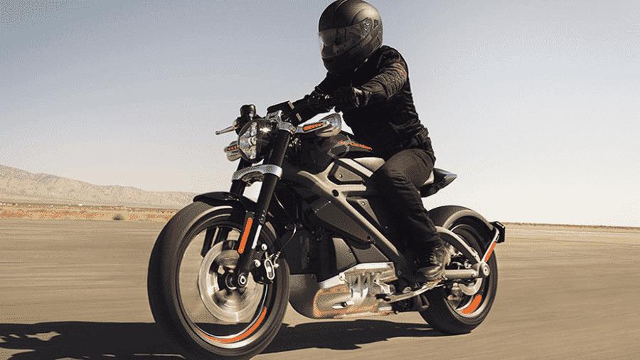 Harley-Davidson é uma das marcas que já trabalha com protótipos elétricos, como a Livewire (foto) - Divulgação