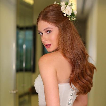 Marina Ruy Barbosa com vestido de noiva by Dolce & Gabbana - Reprodução/Instagram