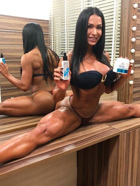 Gracyanne Barbosa ousa com pernas abertas em foto do Instagram - Reprodução/Instagram