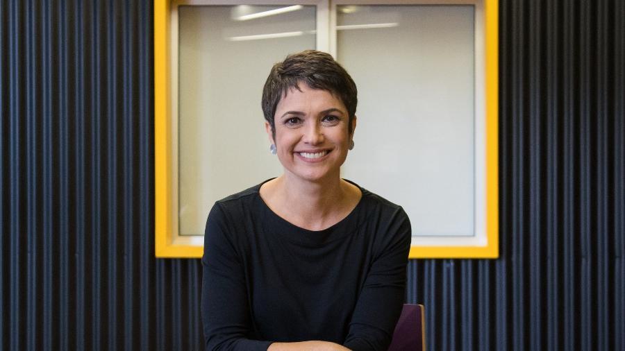 """Sandra Annenberg, a apresentadora do """"Como Será?"""", que vai estrear nova temporada da série """"Caçadores de Bons Exemplos""""  - Simon Plestenjak/UOL"""