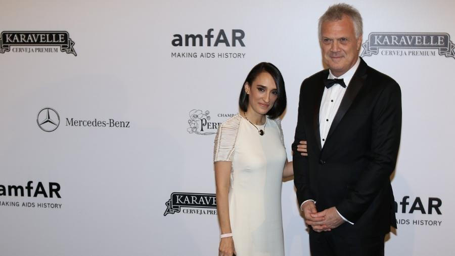 Maria Prata e Pedro Bial no baile da amfAR - Deividi Correa/ Léo Franco e Thiago Duran / AgNews