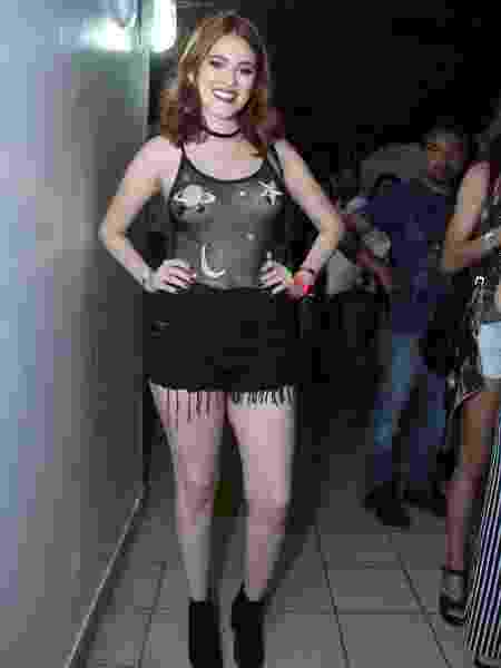 1bdc03b6a6f47 Veja 5 artistas consagrados com menos fãs que Ana Clara do BBB - 14 ...
