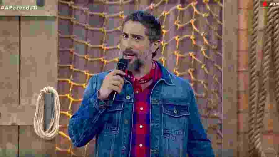 Marcos Mion anuncia poder da chama vermelha - Reprodução/RecordTV