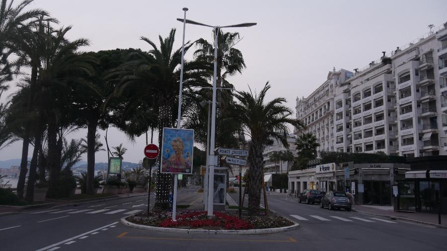 12.03.2020 - Ruas vazias próximas à Croisette, local que abriga o Festival de Cannes - Francois Lochon