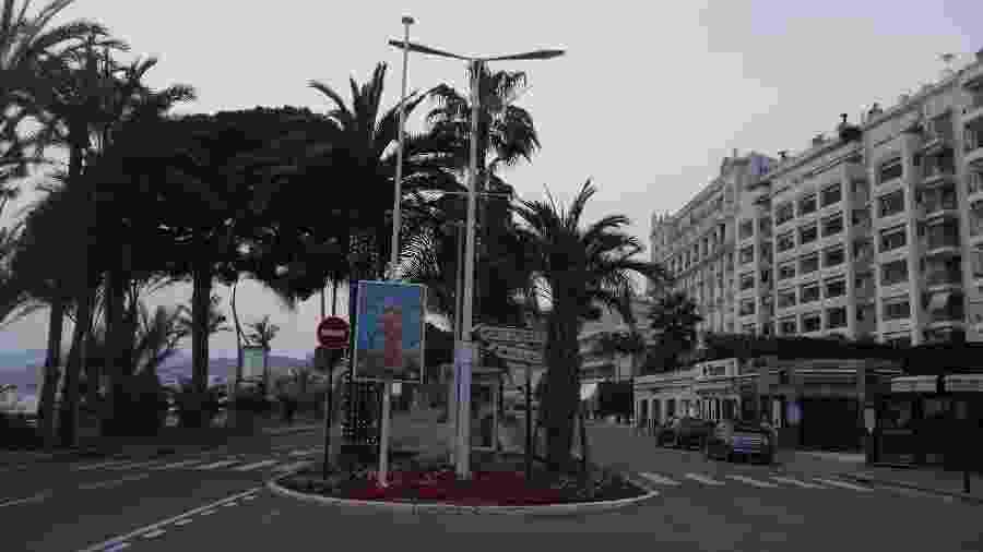 12.03.2020 - Ruas vazias próximas à Croisette, local que abriga tradicionalmente o Festival de Cannes - Francois Lochon