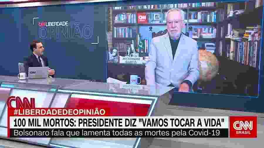 """Rafael Colombo rebateu um elogio de Alexandre Garcia à cloroquina durante o quadro """"Liberdade de Opinião"""" - Reprodução"""