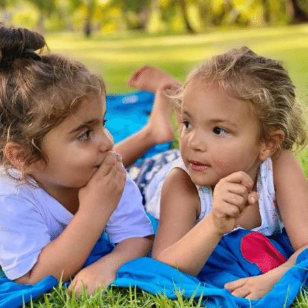 Marina e Helena em foto postada por Ivete para celebrar o aniversário das duas - Reprodução/Instagram