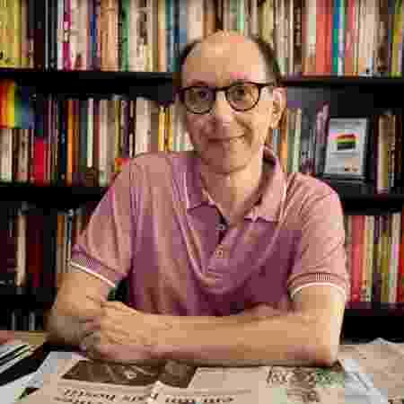 """O professor Luiz Morando, autor do livro """"Enverga, mas não quebra"""" - Lucas Avila - Lucas Avila"""