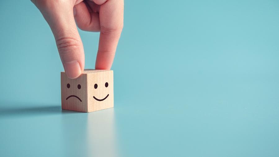 Dificuldade em falar dos próprios sentimentos pode provocar sofrimento emocional - iStock