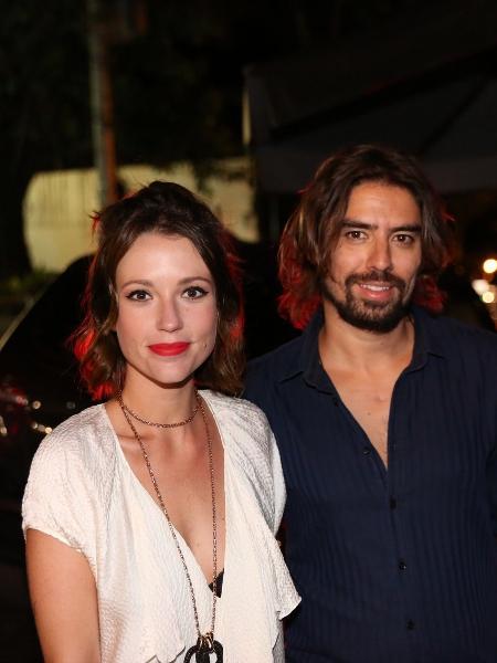A atriz Juliana Didone e o namorado, o artista plástico Flávio Rossi - Thiago Duran  e Denilson Santos/AgNews