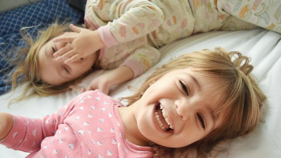 """Até os oito anos, as crianças contam """"pseudomentiras"""" e divertem-se misturando fantasia e realidade - Getty Images"""