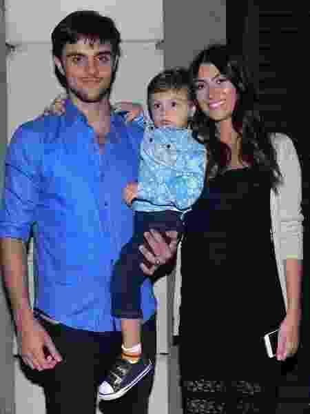 A famķlia de Felipe Simas e Mariana Uhlmann cresceu - AgNews - AgNews
