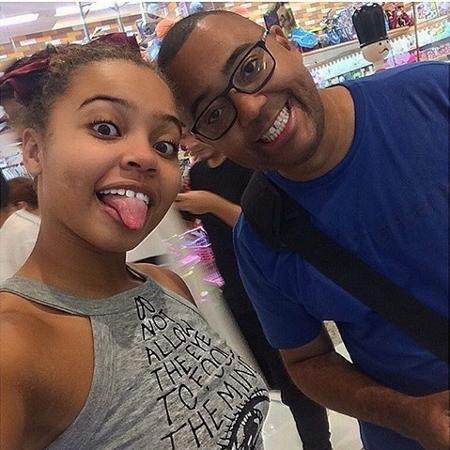 Olívia volta e meia recebe visitas do pai Dudu Nobre nos seus treinamentos  - Reprodução/Instagram/@lilisoares2