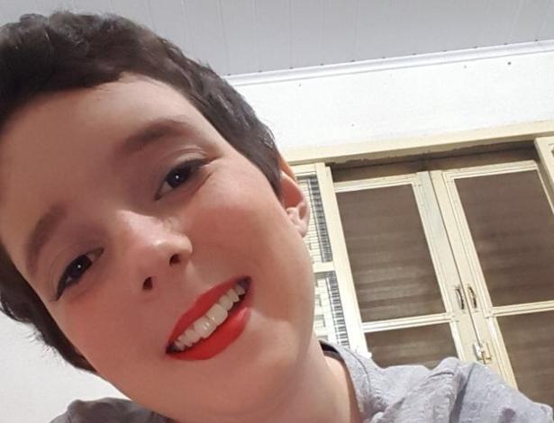 """Após retirada de tumor do cérebro, Lorena retoma """"Careca TV"""""""