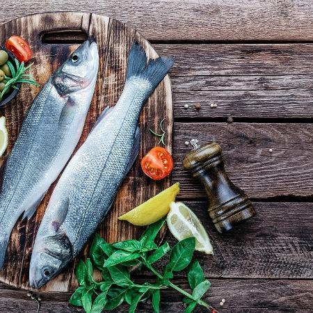 Cada porção adicional de 85 gramas de peixe por dia pode retardar o processo em cerca de três anos - iStock