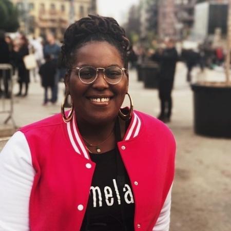 Amber J. Phillips alega ter sofrido preconceito por ser negra e gorda - Reprodução/ Twitter