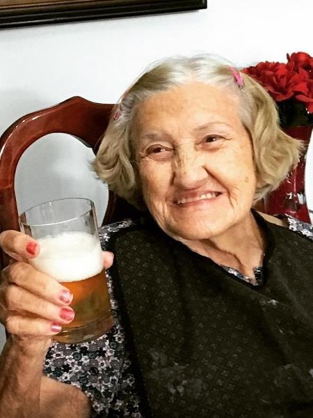 Mauro Naves apresenta a mãe de 91 anos - Reprodução/Instagram