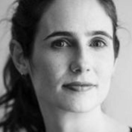 Emily Witt começou seu livro frustrada com sua vida amorosa, mas acabou se sentindo mais confortável consigo mesma - Noah.Kalina