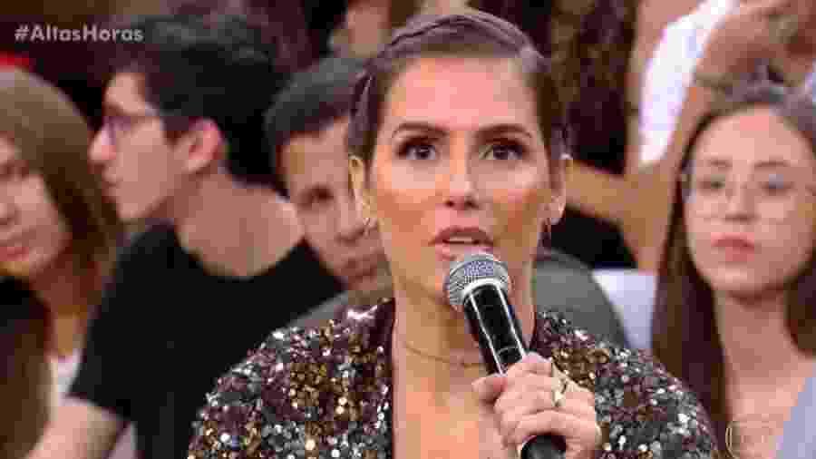 """Deborah Secco falou durante o """"Altas Horas"""" deste sábado (8) - Reprodução/Globo"""
