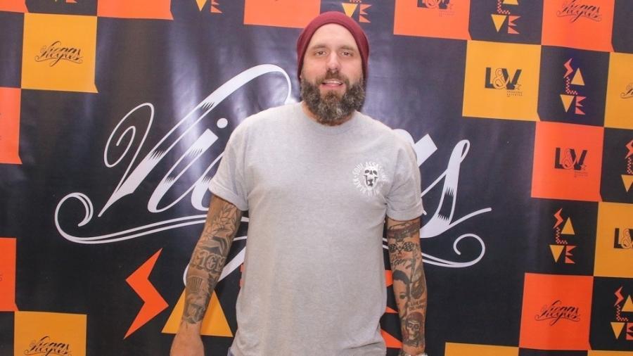 """Caruso prestigia o colega de """"BBB"""" Viegas em São Paulo - Thiago Duran/AgNews"""