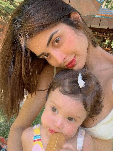 Leticia Almeida e a filha, Maria Madalena - Reprodução/Instagram
