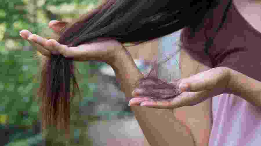 A queda de cabelo é um dos problemas amenizados pelo detox capilar - Getty Images/iStockphoto