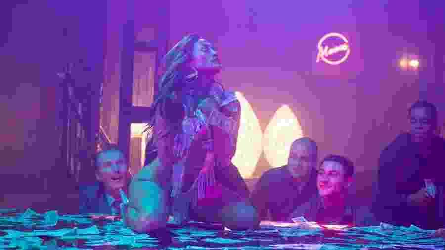 "Jennifer Lopez é a stripper Ramona Vega em cena do filme ""As Golpistas"" - Copyright Metropolitan FilmExport"