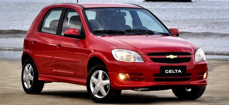 Motorista de Celta morreu em janeiro de 2020 em Aracaju, atingido por fragmento de airbag da Takata em colisão a baixa velocidade. GM anunciou recall só 6 meses depois - Divulgação