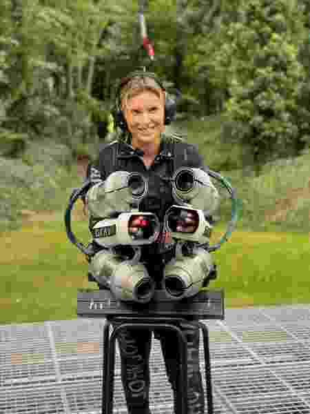 """Médica, pilota de helicóptero e agora """"Mulher de Ferro"""" - Arquivo pessoal - Arquivo pessoal"""