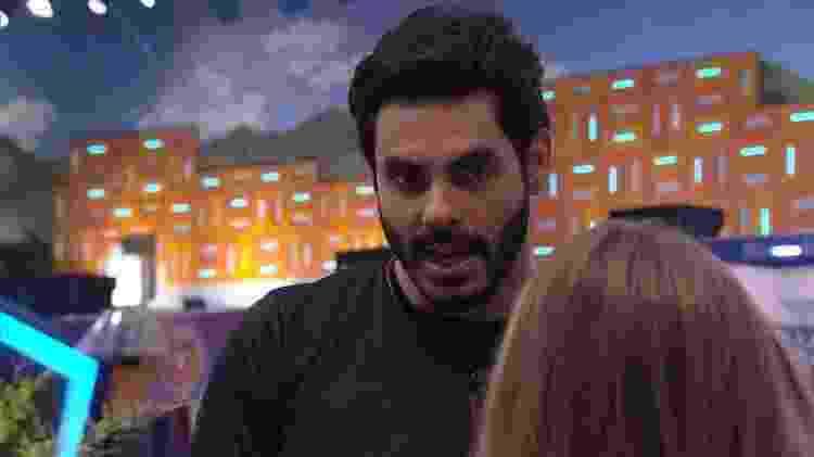 BBB 21: Rodolffo criticou Gilberto para Carla Diaz - Reprodução/Globoplay - Reprodução/Globoplay