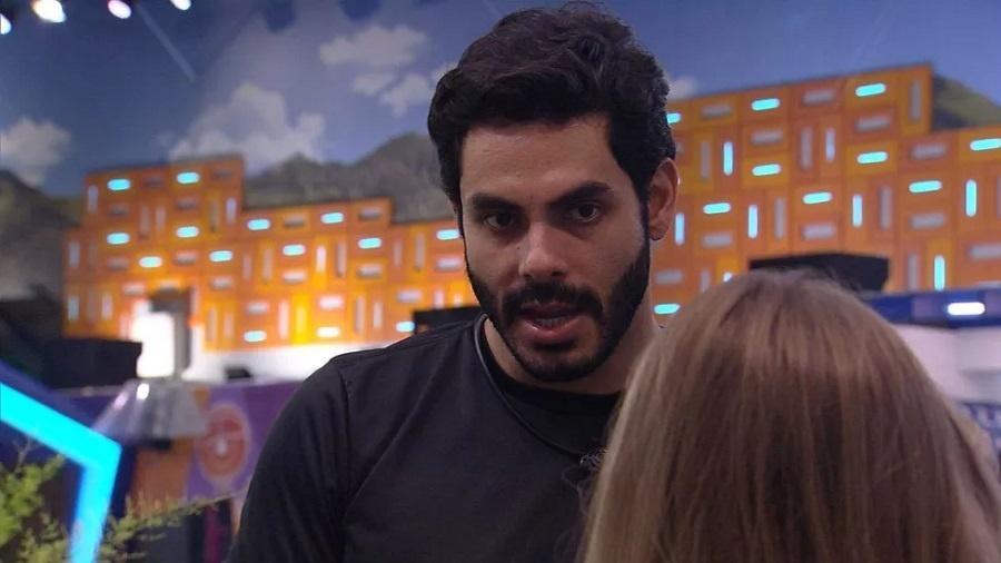 BBB 21: Rodolffo criticou Gilberto para Carla Diaz - Reprodução/Globoplay