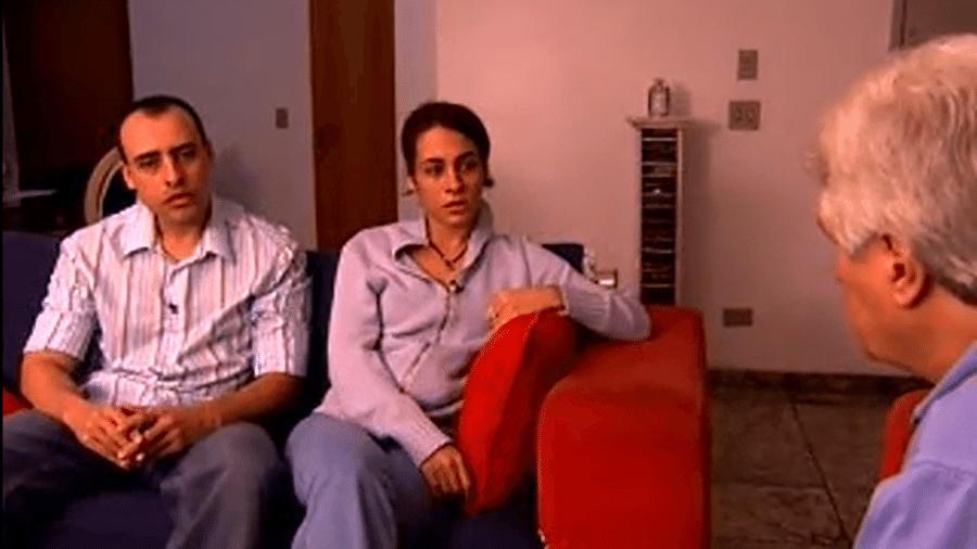 Valmir Salaro, à direita, foi o primeiro a entrevistar Alexandre Nardoni e Anna Carolina Jatobá - Reprodução/TV Globo