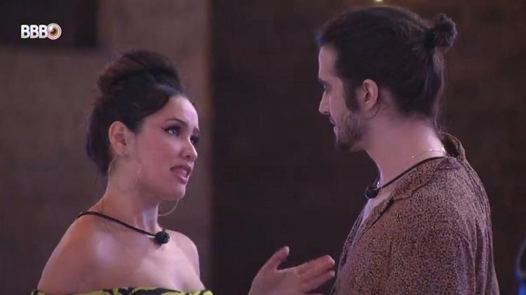 BBB 21: Juliette e Fiuk brincam de sedução em festa top 8 - Reprodução/Globoplay - Reprodução/Globoplay