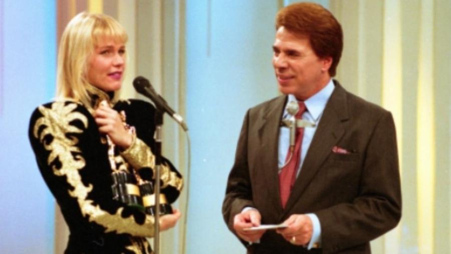 """Silvio Santos recebe Xuxa no """"Show de Calouros"""" (1989) - Reprodução"""