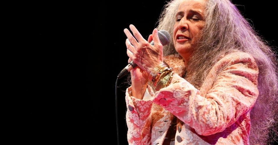 14.fev.2016 - Maria Bethânia foi homenageada pela Mangueira no tradicional Show de Verão, no Vivo Rio, no Rio de Janeiro