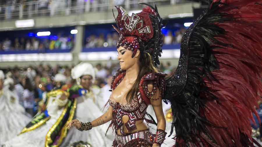 04.mar.2017 - Thaila Ayala. Grande Rio no desfile das campeãs, no Rio - Bruna Prado/UOL