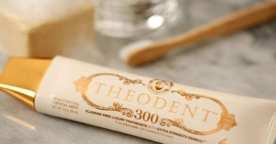 Pasta de dente Theodent