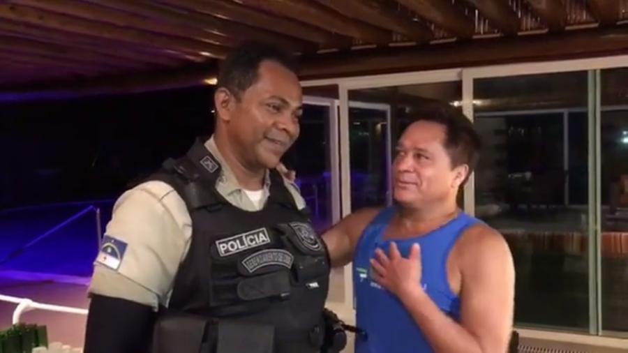 """Leonardo canta """"Deu Medo"""" ao lado de policial em Pernambuco - Reprodução/Instagram/leonardo"""