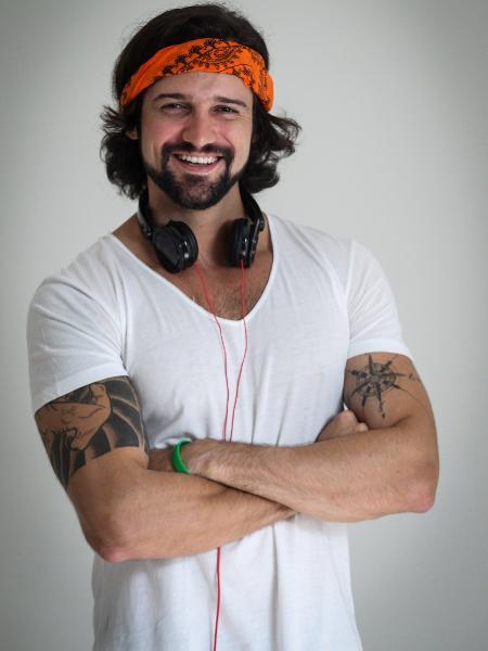 """Fernando Bacalow, o ex-BBB Fernando Justin é DJ e torce pela ex Flávia Viana em """"A Fazenda"""" - Divulgação"""