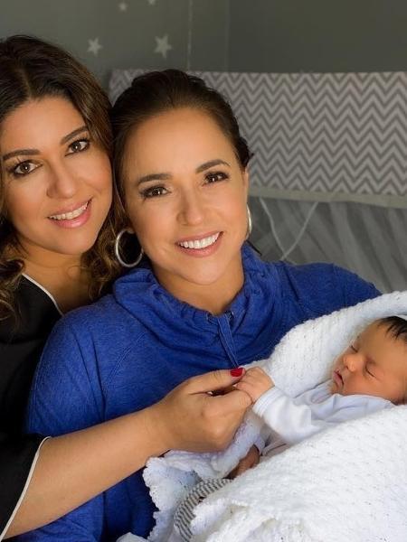 Daniela Mercury com a mulher,  Malu Verçosa, e a netinha, Mel - Reprodução/Instagram