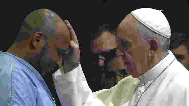 Papa em cena de documentário dirigido por Wim Wenders - Reprodução - Reprodução