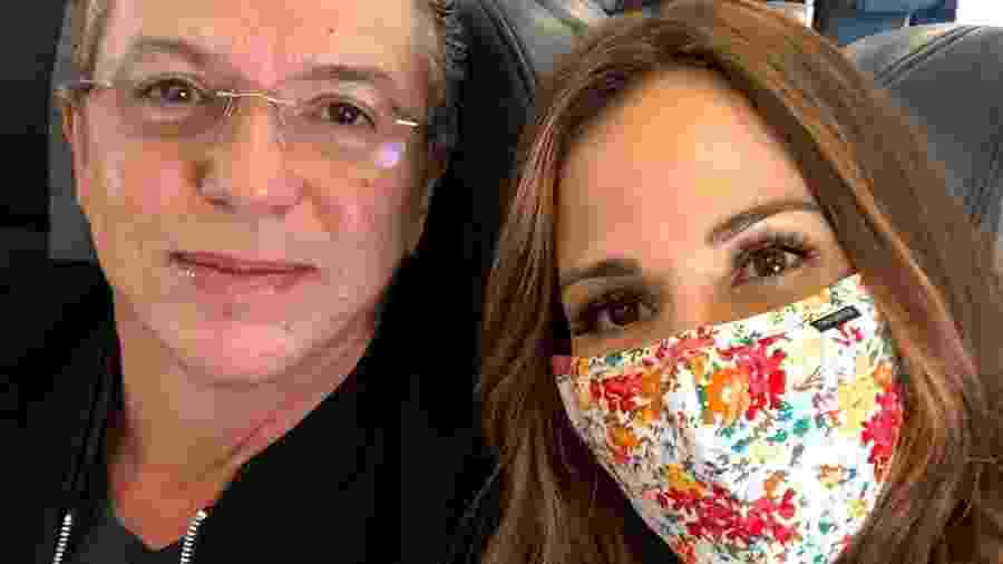 De máscara, Ana Furtado posa com o marido Boninho e agradece apoio durante tratamento contra câncer - Reprodução/Instagram