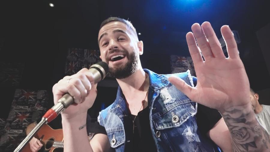 Matheus Valente aposta nas séries de sucessos para emplacar música - Reprodução