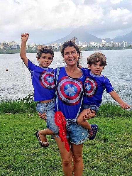 Bárbara Borges com os filhos  - Reprodução/Instagram/barbaraborgesoficial